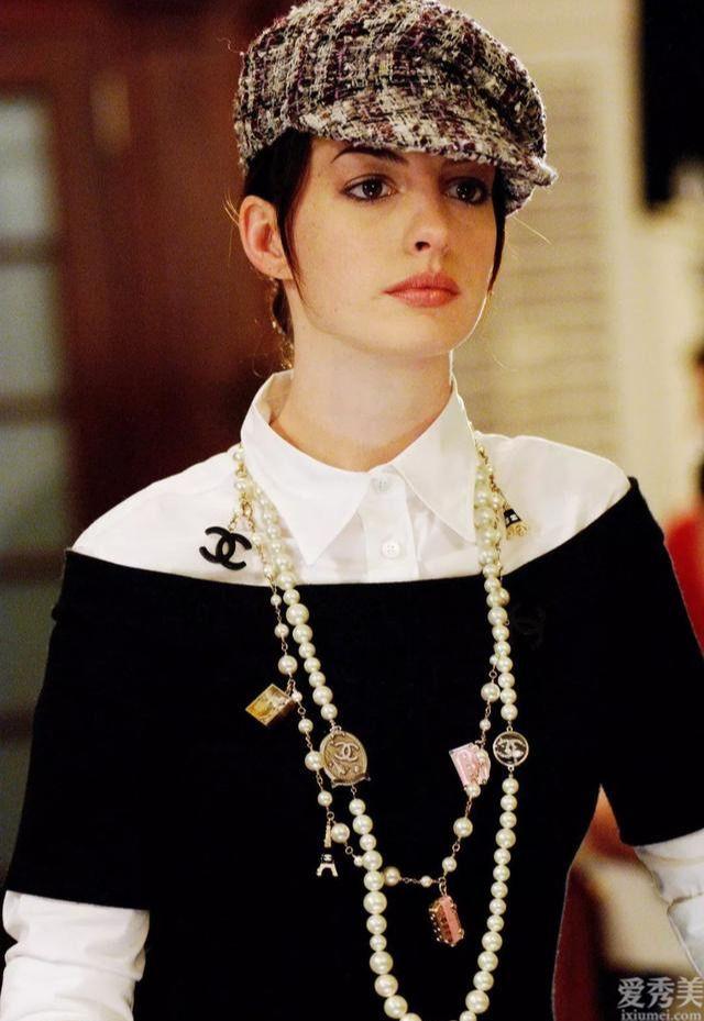 職業套裝搭配首飾時留意這很多重要環節,能夠令總體穿著打扮搭配升級鮮喔