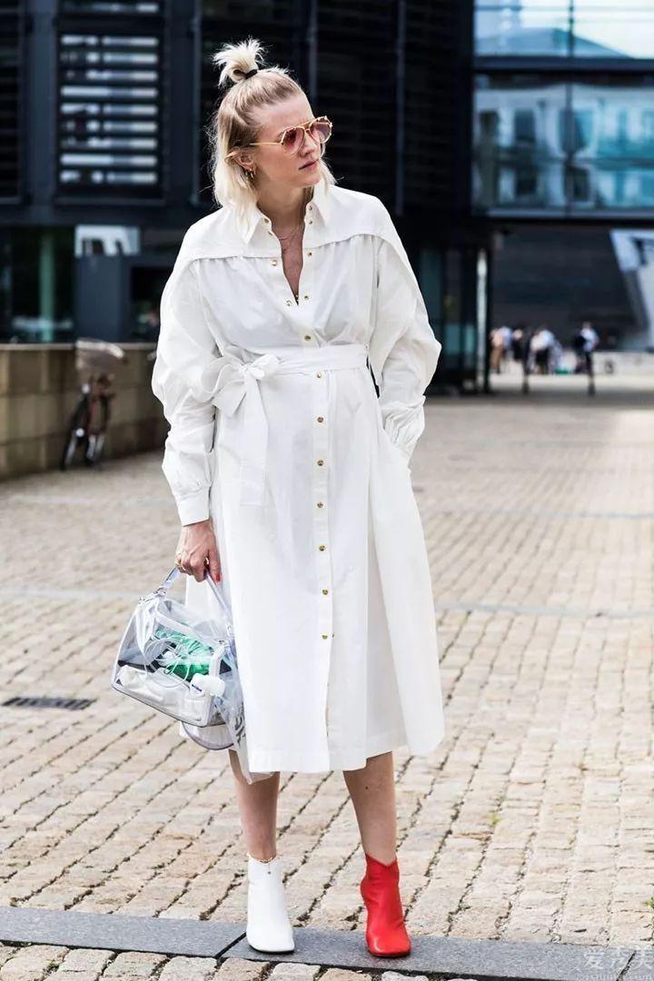 秋季維持這五個穿衣服習慣,即使衣服褲子薄厚上來瞭,也仍然清新顯年青