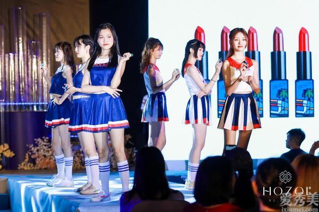 珂佐伊首發系列面世,專為中國年輕女性定制的運動口紅