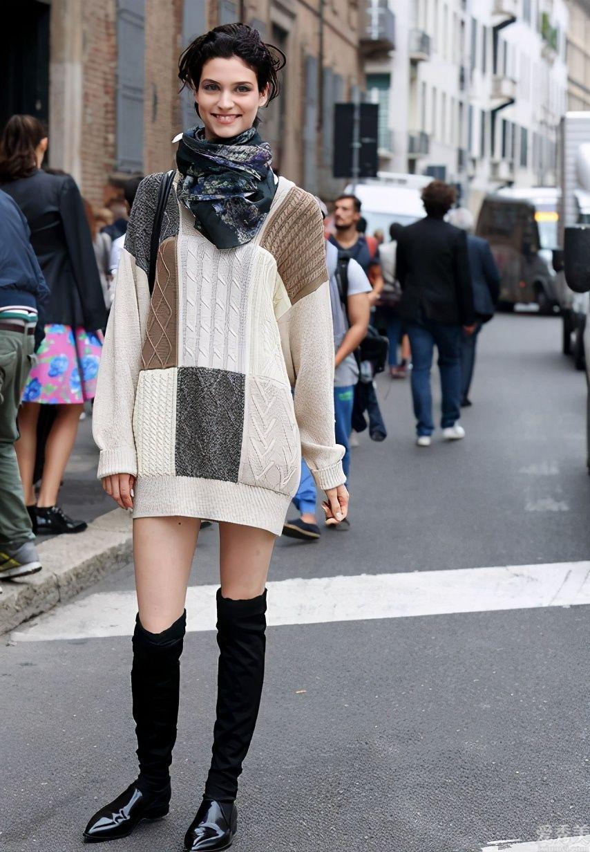 """冬季穿毛衣,建議避開這""""4個""""錯誤觀點,尤其是個子矮的女生,庸俗還顯壯"""