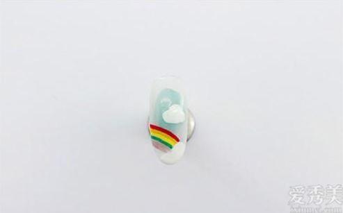糖果彩虹做指甲,將好運繪於手指頭