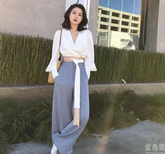 """秋天建議女士多穿""""輕熟風"""",不太會衣著打扮的,建議沖著搭配"""