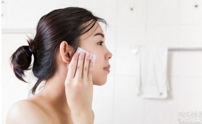 瞭解這2點,選擇卸妝產品已不艱辛,讓皮膚護理第一步適當進行