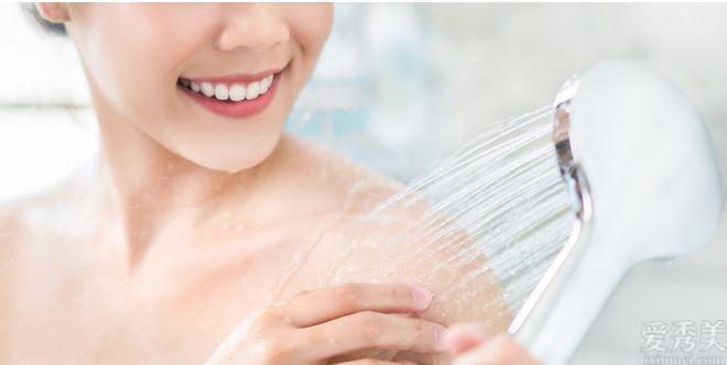 糖尿病人冬天冼澡有重視,掌握好六點,避免 血糖指標波動大