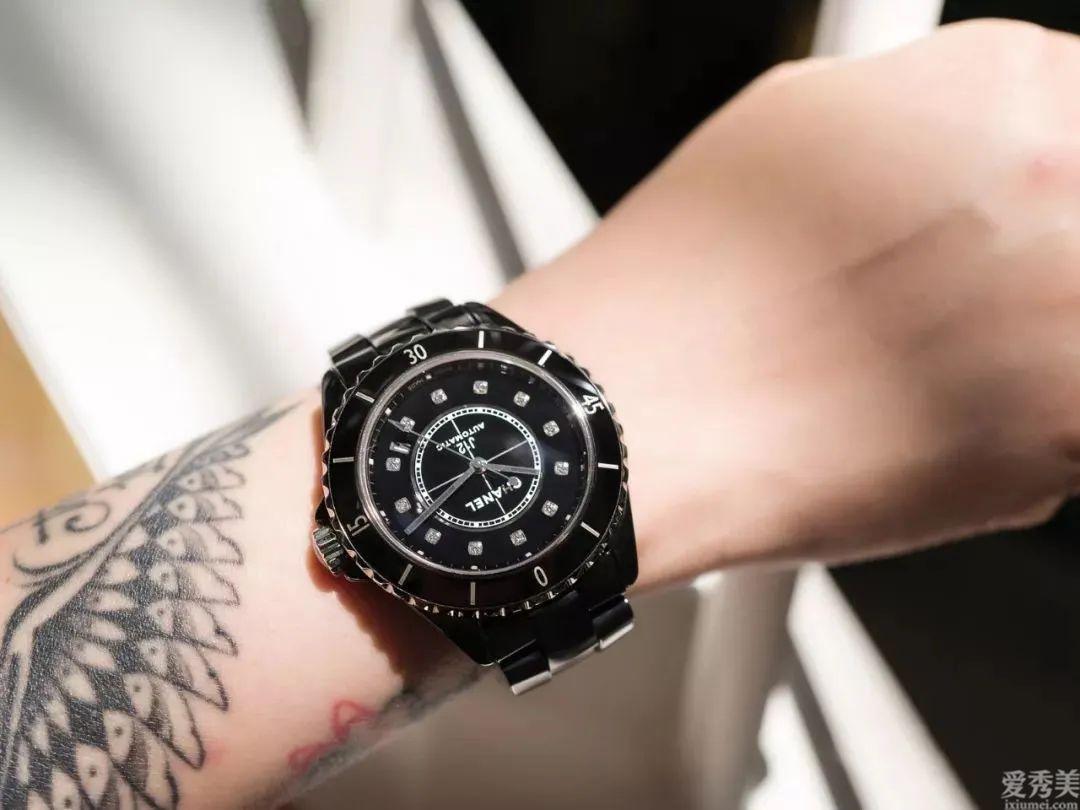 女孩兒五種不一樣設計設計風格的經典腕表