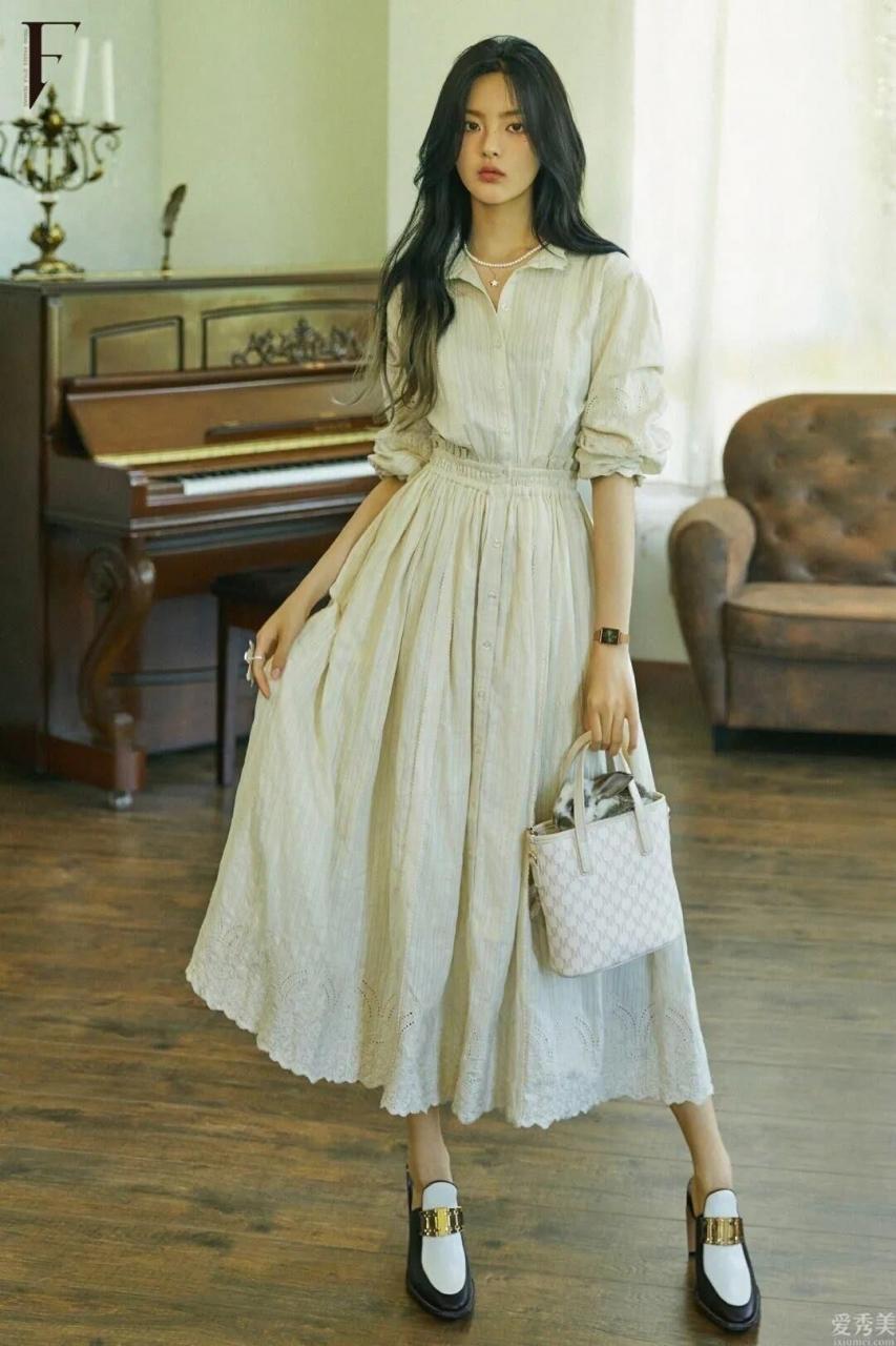 """秋季購裙就必須選這4大""""經典款""""!好搭顯氣質,穿2年都不易過時"""