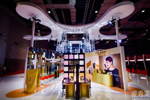 拿下突破!袁泉代言的澳洲本土彩妝品牌拿破侖亮相中國進博會,積極開拓中國市場