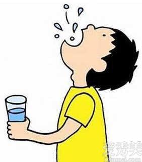 漱口水後要用清水嗎?教你如何正確使用漱口水!