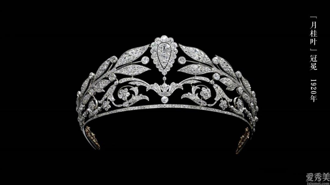歐洲國傢的珠寶飾品冠冕多見花圖案,不僅別具一格還另有深意