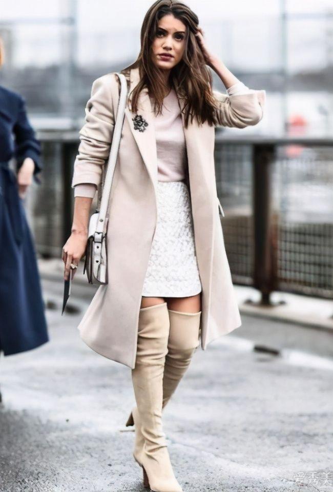 """個子160cm的女生,穿好這類""""秋鞋"""",悄悄的增高幾公分"""
