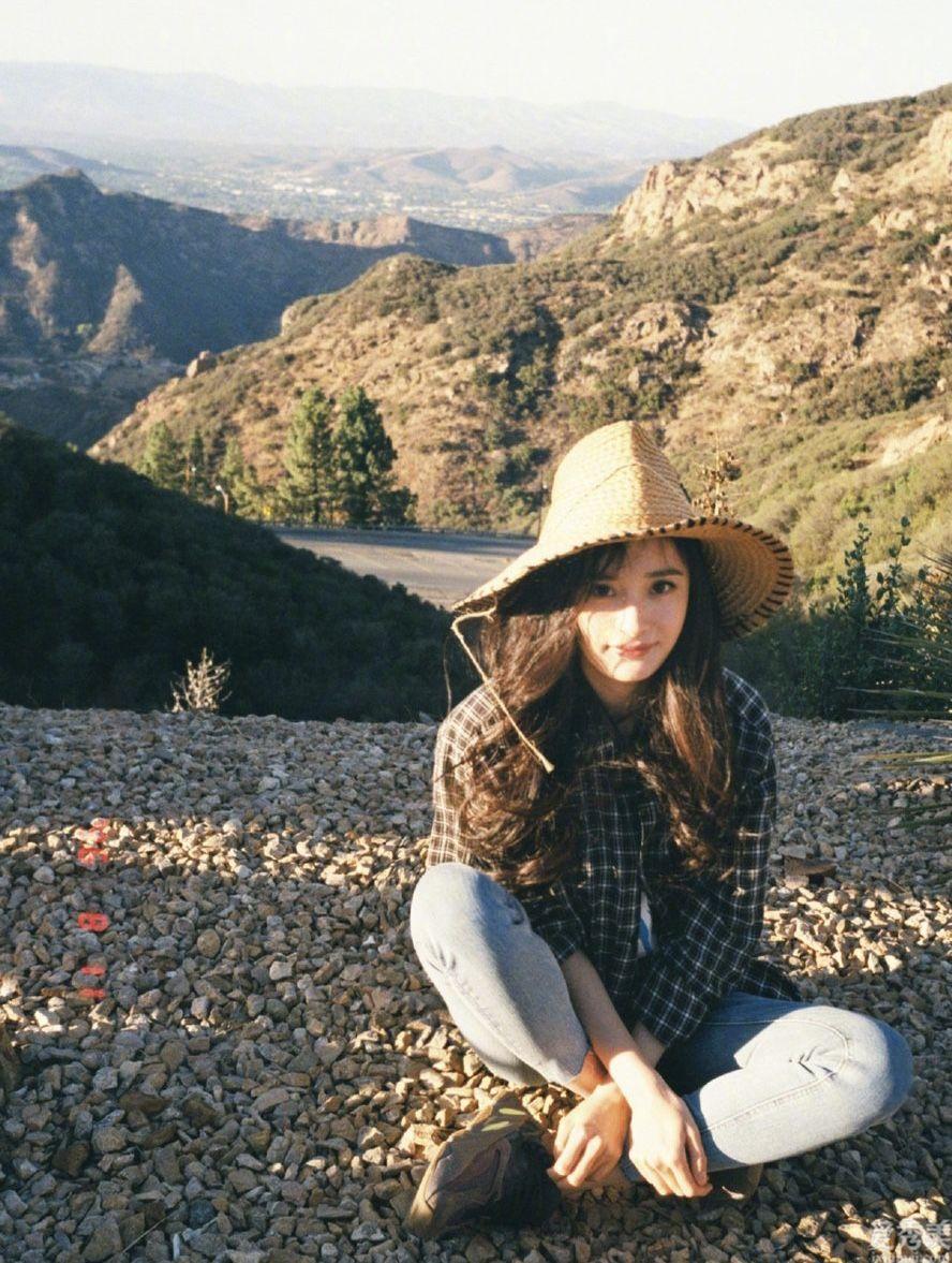 戴膩瞭鴨舌帽,不如來頂草編帽,防曬隔離還能拍照pose,休閑度假必不可少