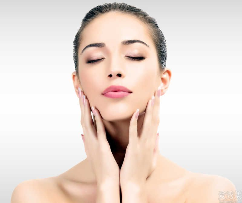 冬季來臨,皮膚幹燥脫皮?牢記4個小方法讓肌膚透潤光滑