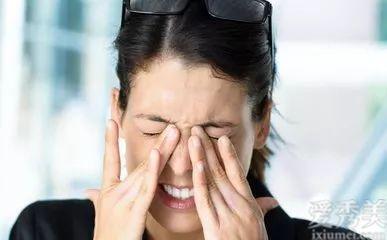 眼部出現皺紋,原來是因為這三點,你都註意瞭沒有?