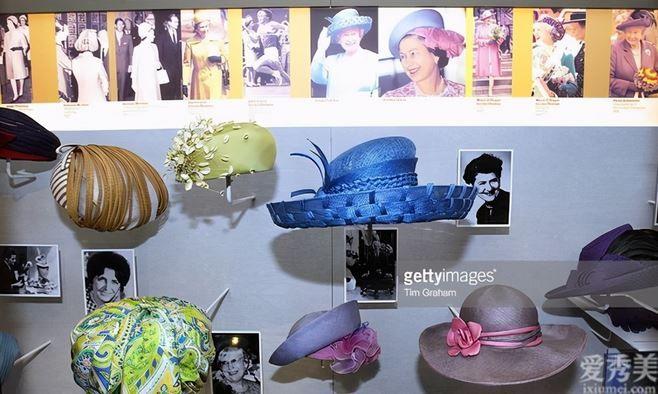 英女王為何一直戴著帽子?她是如何處理她的五千頂帽子的?