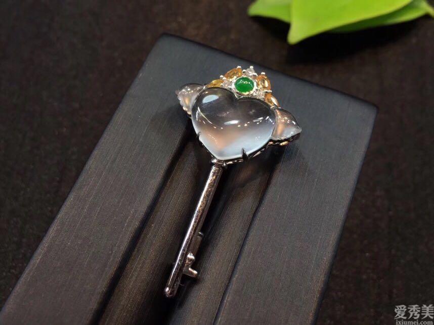 能夠代表愛的珠寶首飾,款多都是亙古不變的代表!