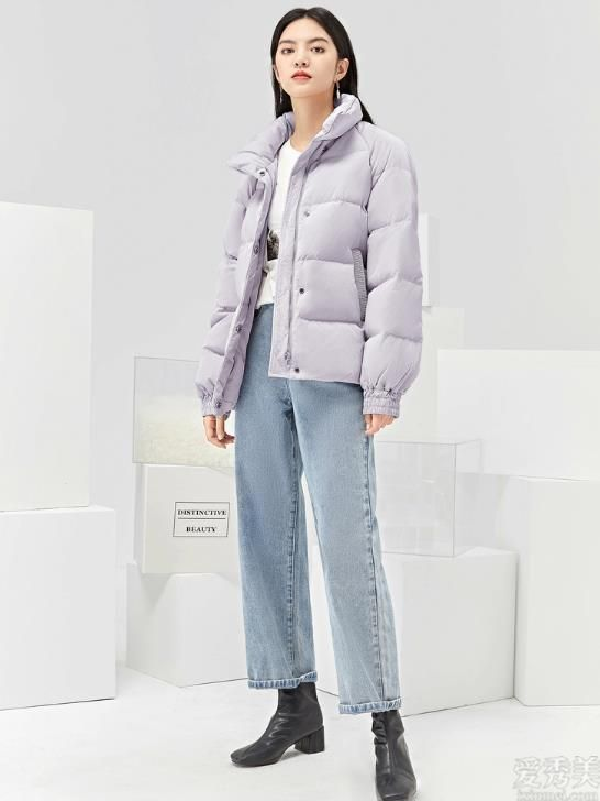 冬季羽絨服的穿搭公式比較簡單,六點小技巧,可防凍保暖又不行路人