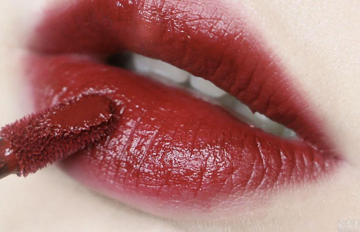 肌膚偏暗一眼就迷上的4隻口紅,香奈兒627沒有錯,紀梵希也好顯白