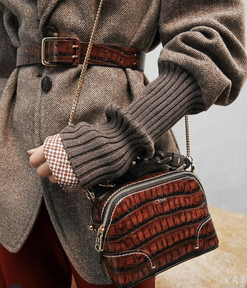 適合冬天的包包怎樣選?從款式到原材料,服飾精們都是會遵循這4點