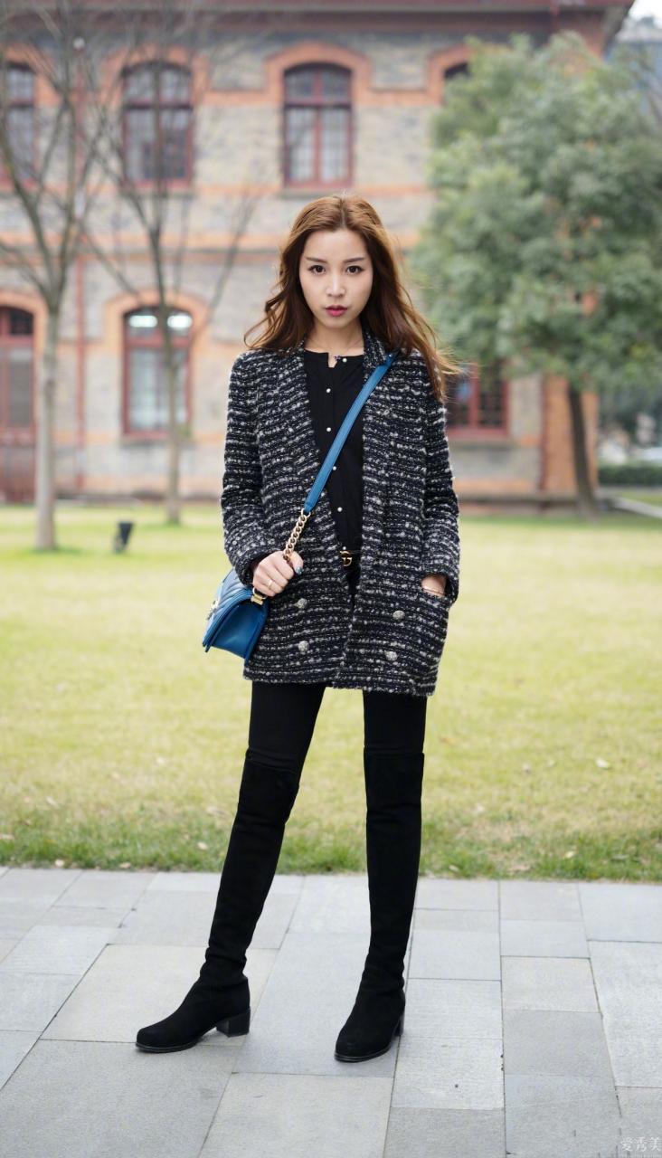 """這個冬天爆紅一種""""保暖穿法"""",叫""""褲子塞進靴子"""",時尚潮流顯瘦,很美"""