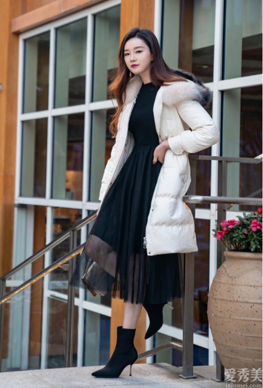 """冬天鞋不用多,選幾雙""""短靴""""充裕瞭,顯瘦顯高,適合個子矮的女生"""