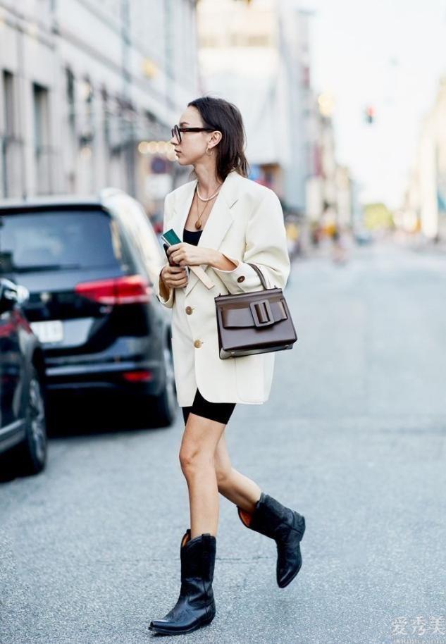 爛大街的馬丁鞋還穿嗎?這個冬天這3鞋子熱處理,舒適好搭不磨腳