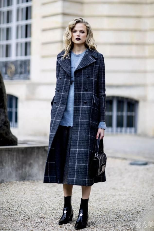 女士必需這3雙靴子,簡約好搭不挑人,讓你溫暖精致的度過冬季