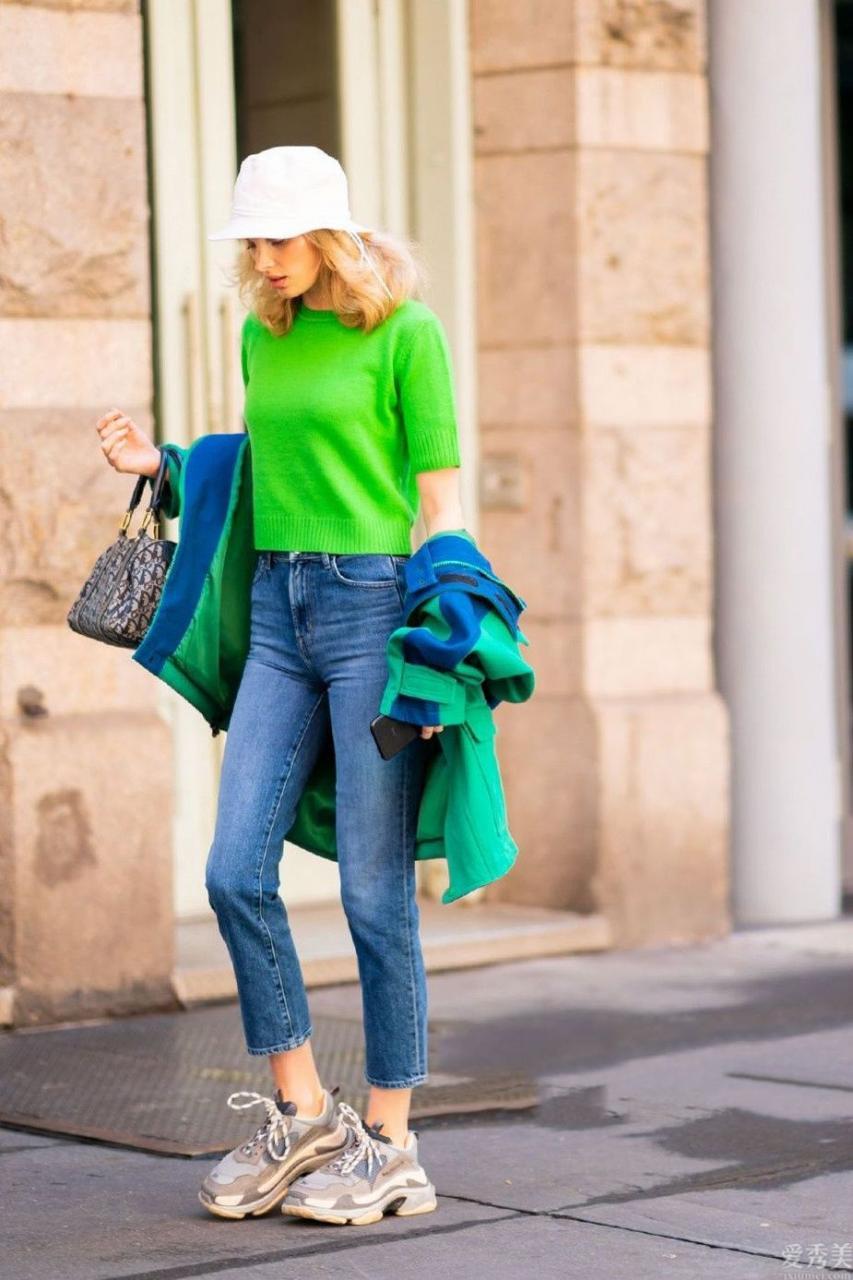 白運動鞋早就過時瞭,今年最流行的是這5款鞋,時尚潮流好搭還不易撞鞋