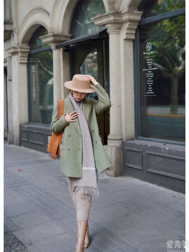 冬季能夠不穿羽絨衣,但一定要圍圍巾,不隻是溫暖也是氣場