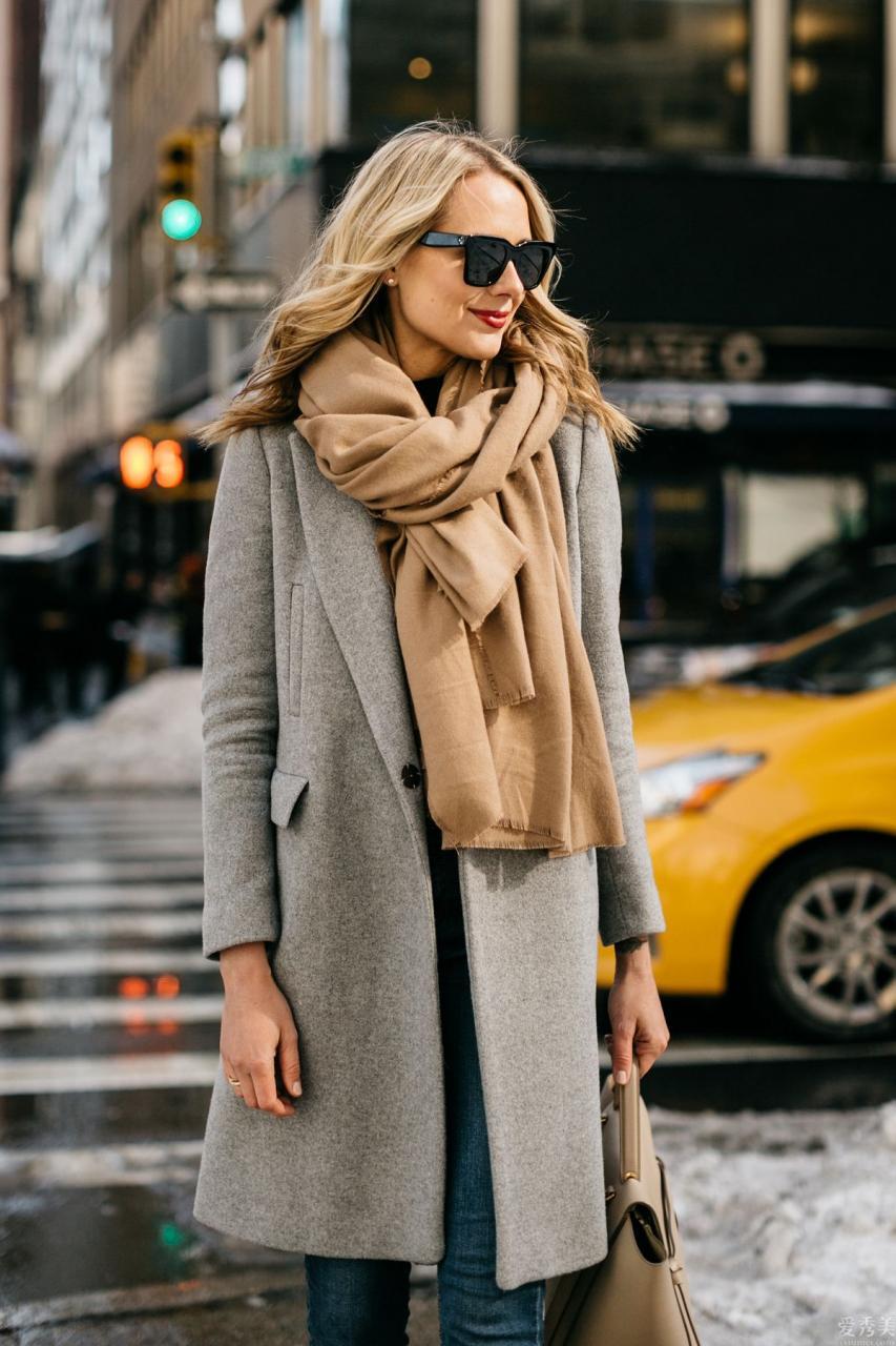 圍巾不止是防寒保暖必不可少,更能變為潮流趨勢武器裝備,4個圍巾戴法營造新形式美