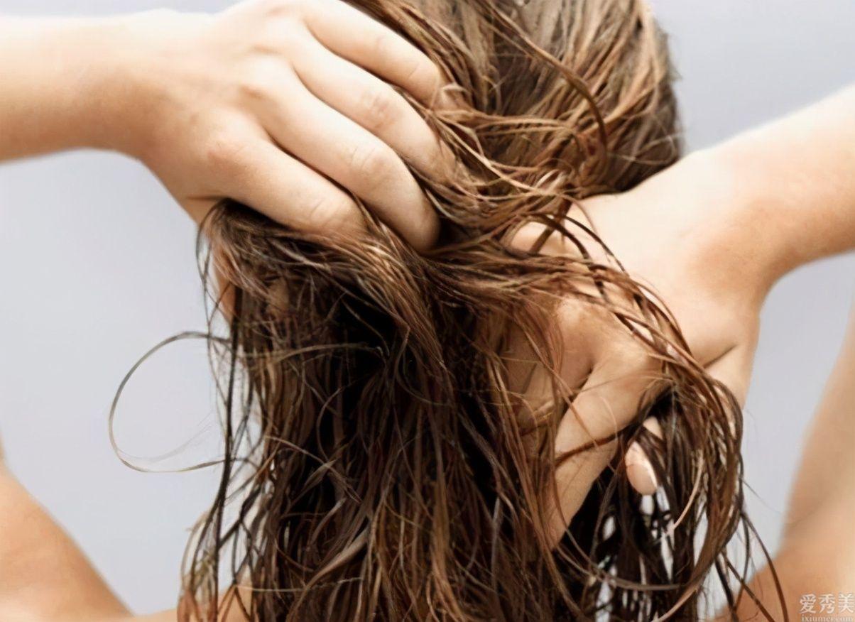 如何解決頭皮屑、頭油以及脫發這3大難題?