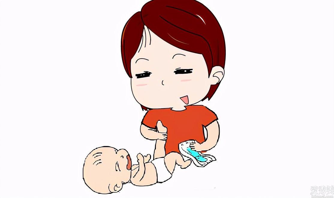 """寶寶好多個月可停用""""尿不濕""""?用好長時間有沒有損害?醫生:註意時間"""