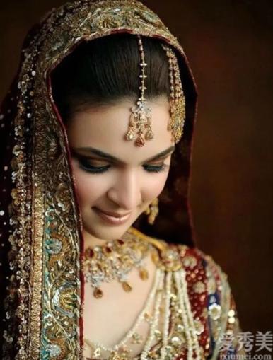 燦爛的印度尼西亞珠寶文化,顯出奢華和氣體!