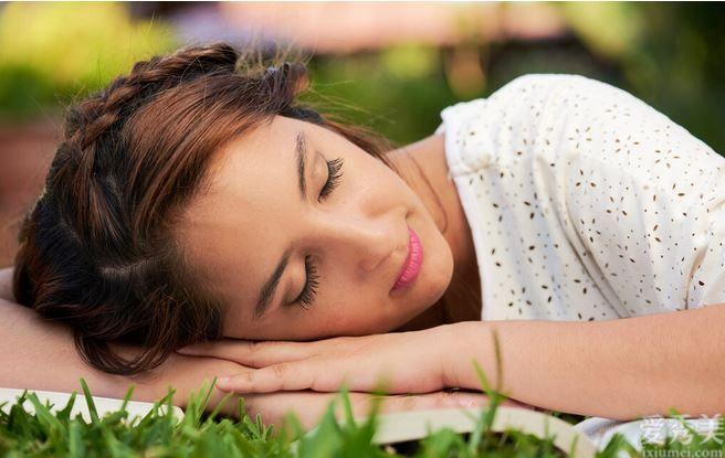 吃得好才能夠睡得好!塑造這類好的就餐習慣性,有益於提高睡眠質量