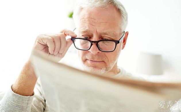 眼鏡店哪個品牌好呢?Swisscoat瑞士寶成消費者心中首選眼鏡品牌