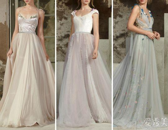 俄羅斯RaraAvis高定禮服,溫和水粉畫之感,飄逸春日浪漫