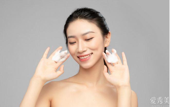 冬季肌膚暗黃應該怎麼辦?6個簡單小技巧,讓你肌膚變白輕輕松松