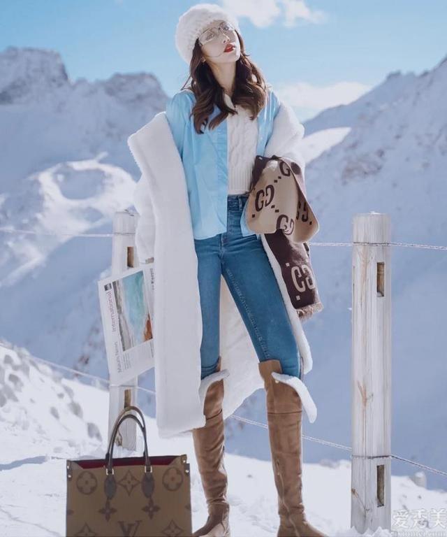 """今年冬天流行的""""靴中塞褲""""穿法,你真掌握嗎"""