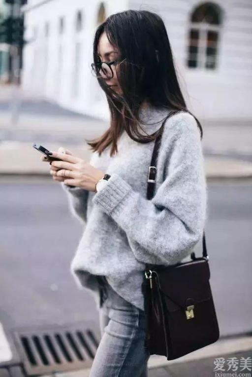 """今年冬天""""馬海毛毛衣""""又爆火,時髦防寒保暖有女人氣質,如何穿都漂亮"""