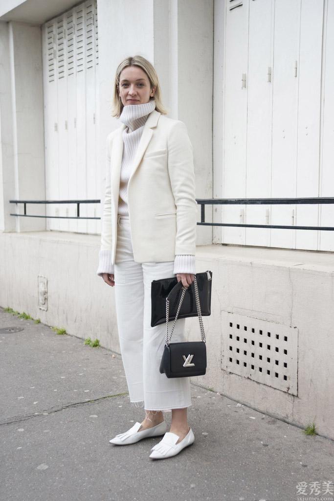 冬季穿白褲子清爽又清雅,那麼配搭簡潔大氣很高級,好氣場更出色