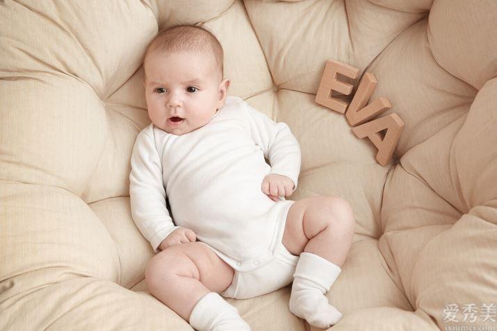 1-3歲的寶寶,要有如何的發展情況,才算是符合規律的呢?