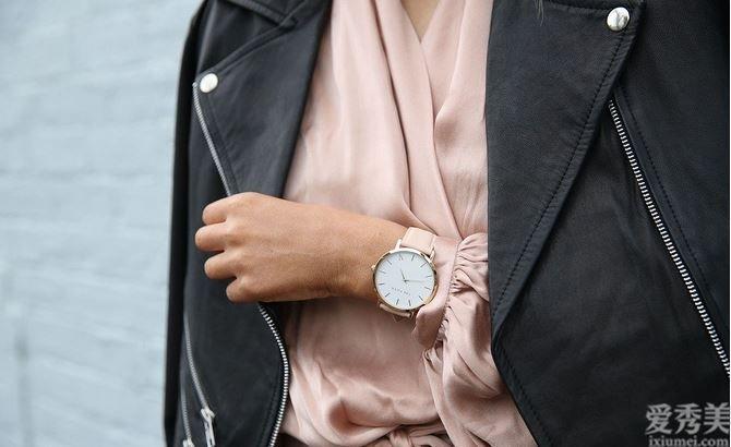 戴表也分男女有別?女人手表應當戴在哪兒支手比較好?